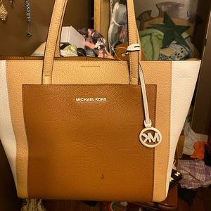 NWT never used mk bag